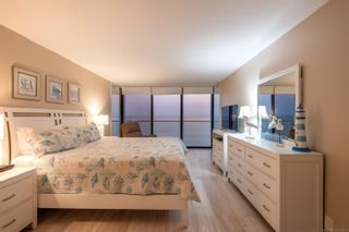 Photo 14: PACIFIC BEACH Condo for sale : 2 bedrooms : 4767 Ocean Blvd #1012 in San Diego