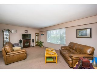 Photo 3: 21816 DOVER Road in Maple Ridge: West Central House for sale : MLS®# R2129870