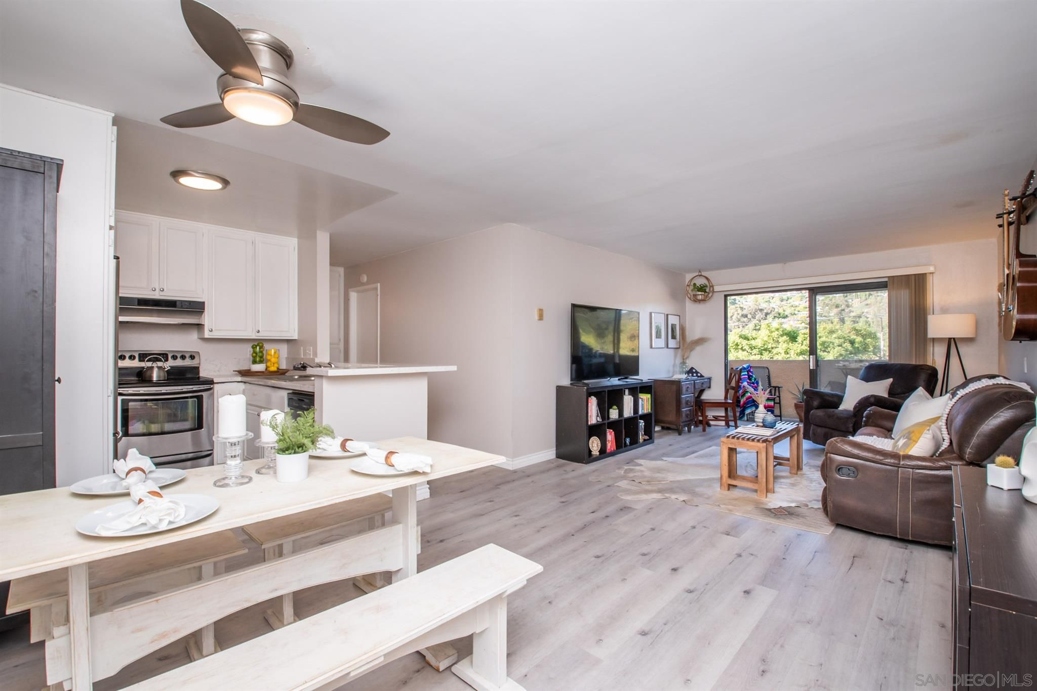 Main Photo: PACIFIC BEACH Condo for sale : 1 bedrooms : 2609 Pico Place #229 in San Diego