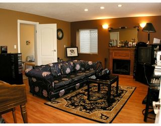 Photo 7: 4220 WILLIAM ST in Burnaby: Willingdon Heights House for sale (Burnaby North)  : MLS®# V788588