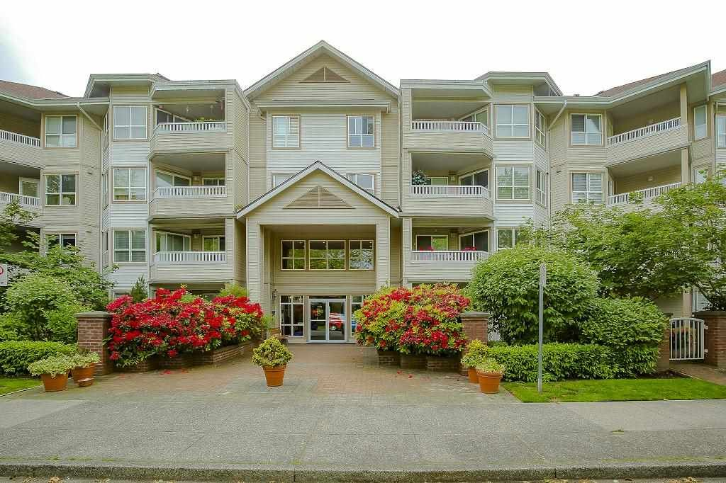 "Main Photo: 101 8139 121A Street in Surrey: Queen Mary Park Surrey Condo for sale in ""THE BIRCHES"" : MLS®# R2460761"