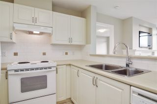 """Photo 8: 804 2799 YEW Street in Vancouver: Kitsilano Condo for sale in """"TAPESTRY AT THE ARBUTUS WALK (O'KEEFE)"""" (Vancouver West)  : MLS®# R2537364"""