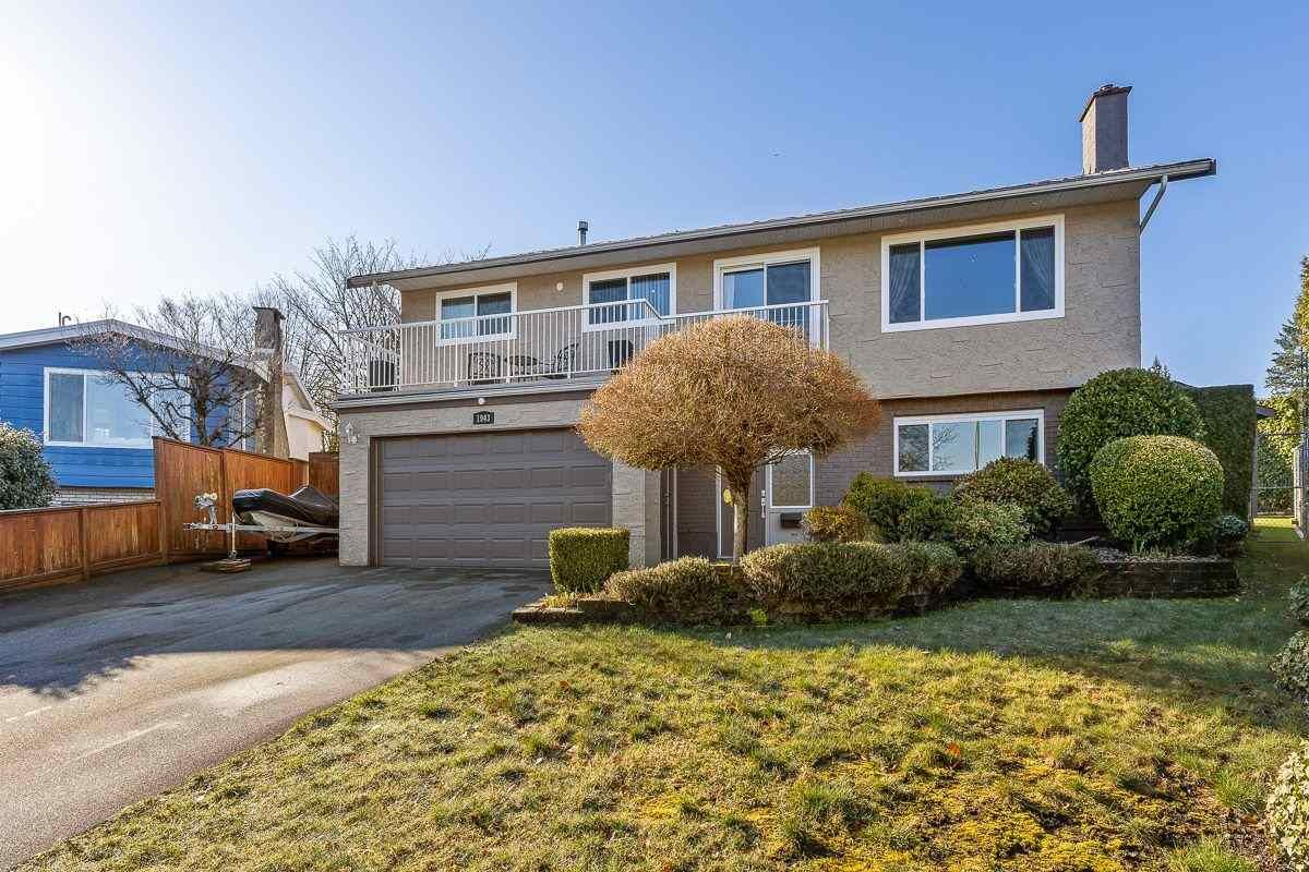 Main Photo: 1943 PENNY Place in Port Coquitlam: Mary Hill House for sale : MLS®# R2549715
