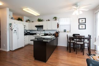 """Photo 9: 8688 207 Street in Langley: Walnut Grove House for sale in """"Discovery Towne"""" : MLS®# R2077292"""