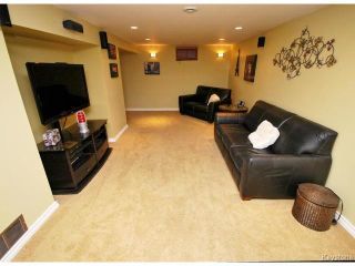 Photo 12: 146 Danbury Bay in WINNIPEG: Westwood / Crestview Residential for sale (West Winnipeg)  : MLS®# 1410862