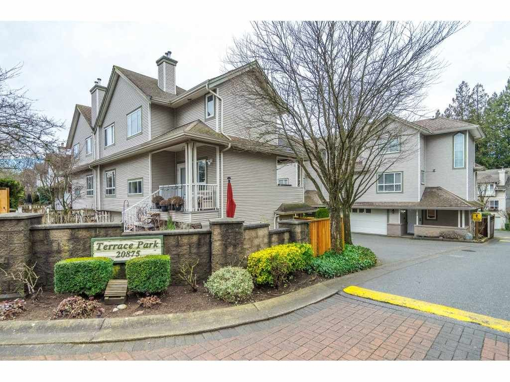 """Main Photo: 6 20875 88 Avenue in Langley: Walnut Grove Townhouse for sale in """"Terrace Park"""" : MLS®# R2541768"""