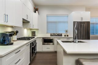 """Photo 9: 19 2427 164 Street in Surrey: Grandview Surrey Townhouse for sale in """"THE SMITH"""" (South Surrey White Rock)  : MLS®# R2531111"""