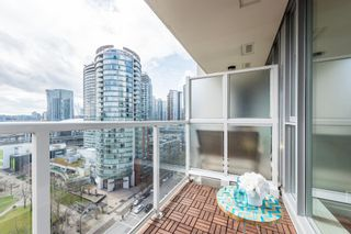 "Photo 14: 1610 550 TAYLOR Street in Vancouver: Downtown VW Condo for sale in ""The Taylor"" (Vancouver West)  : MLS®# R2251836"