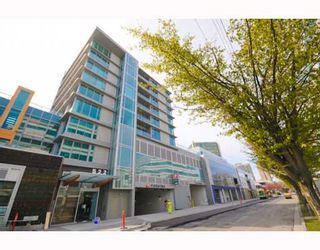 "Photo 1: 204 522 W 8TH Avenue in Vancouver: Fairview VW Townhouse for sale in ""CROSSROADS"" (Vancouver West)  : MLS®# V762228"