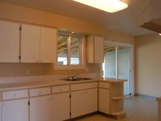 Photo 4: 12244 SAUNDERS CRES in Summerland: House for sale : MLS®# 142367