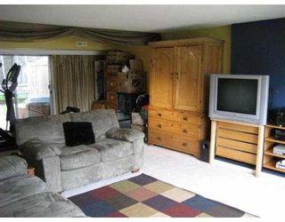 "Photo 3: 8191 FAIRLANE Road in Richmond: Seafair House for sale in ""SEAFAIR"" : MLS®# V756940"
