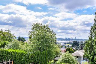 Photo 15: 950 DELESTRE Avenue in Coquitlam: Maillardville 1/2 Duplex for sale : MLS®# R2426856