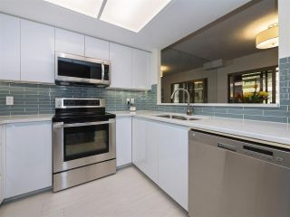 """Photo 6: 506 867 HAMILTON Street in Vancouver: Downtown VW Condo for sale in """"JARDINE'S LOOKOUT"""" (Vancouver West)  : MLS®# R2324358"""