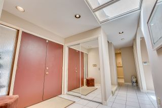 """Photo 3: 8217 WOODLAKE Court in Burnaby: Government Road House for sale in """"GOVERNMENT ROAD AREA"""" (Burnaby North)  : MLS®# R2159294"""