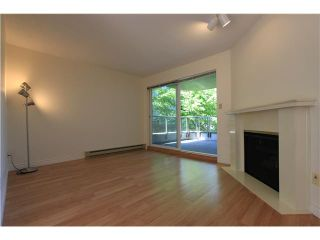 Photo 2: # 207 2428 W 1ST AV in Vancouver: Kitsilano Condo for sale (Vancouver West)  : MLS®# V1064638