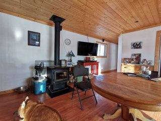 """Photo 5: 16458 SIPHON CREEK Road in Fort St. John: Fort St. John - Rural E 100th House for sale in """"CECIL LAKE"""" (Fort St. John (Zone 60))  : MLS®# R2444353"""