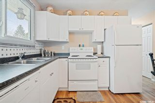 Photo 10: 418 SMALLWOOD Crescent in Saskatoon: Confederation Park Residential for sale : MLS®# SK873758
