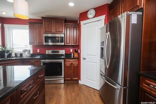 Photo 10: 712 Redwood Crescent in Warman: Residential for sale : MLS®# SK855808