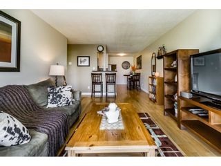 """Photo 5: 305 306 W 1ST Street in North Vancouver: Lower Lonsdale Condo for sale in """"LA VIVA PLACE"""" : MLS®# R2097967"""