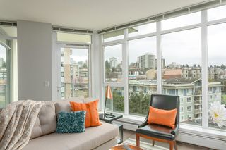 """Photo 3: 701 175 W 2ND Street in North Vancouver: Lower Lonsdale Condo for sale in """"Ventana"""" : MLS®# R2155702"""