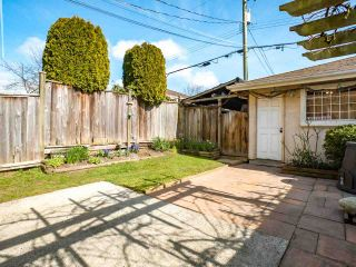 """Photo 14: 8490 FRENCH Street in Vancouver: Marpole 1/2 Duplex for sale in """"MARPOLE"""" (Vancouver West)  : MLS®# R2483416"""