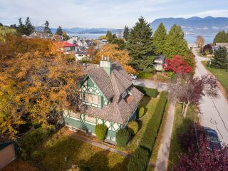 Photo 2: Langara Ave in Vancouver: Point Grey House for rent (Vancouver West)  : MLS®# AR122