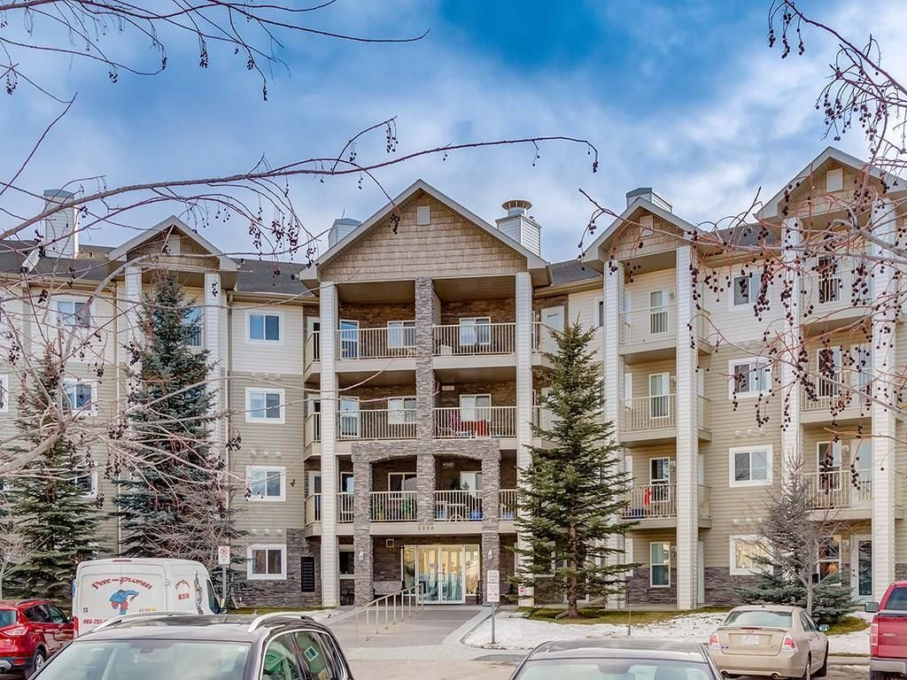 Main Photo: 420 5000 SOMERVALE Court SW in Calgary: Somerset Apartment for sale : MLS®# C4221237