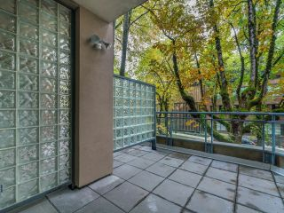 """Photo 12: 107 2628 ASH Street in Vancouver: Fairview VW Condo for sale in """"Cambridge Gardens"""" (Vancouver West)  : MLS®# R2626002"""