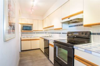 """Photo 4: 705 5790 PATTERSON Avenue in Burnaby: Metrotown Condo for sale in """"THE REGENT"""" (Burnaby South)  : MLS®# R2330523"""