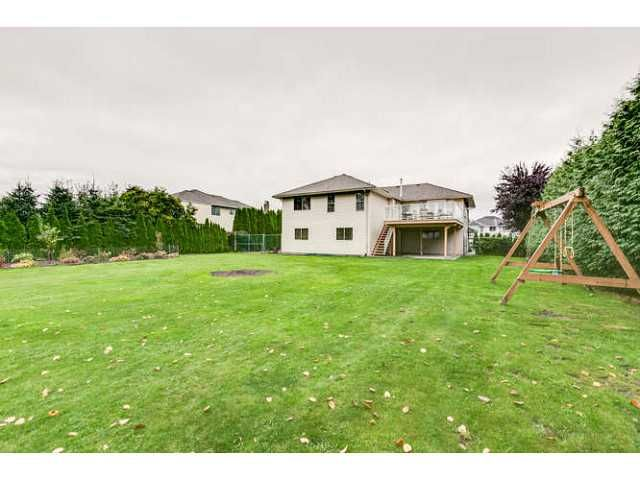 """Photo 17: Photos: 12403 188TH Street in Pitt Meadows: West Meadows House for sale in """"Highland Park Area"""" : MLS®# V1090347"""