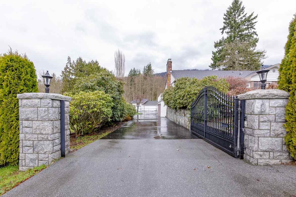 Main Photo: 3673 VICTORIA Drive in Coquitlam: Burke Mountain House for sale : MLS®# R2544967