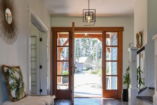 Photo 12: 1422 Lupin Dr in Comox: CV Comox Peninsula House for sale (Comox Valley)  : MLS®# 884948