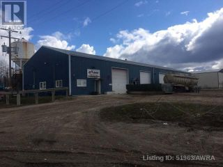 Photo 2: 308 2 AVE in Fox Creek: Industrial for sale : MLS®# AWI51963