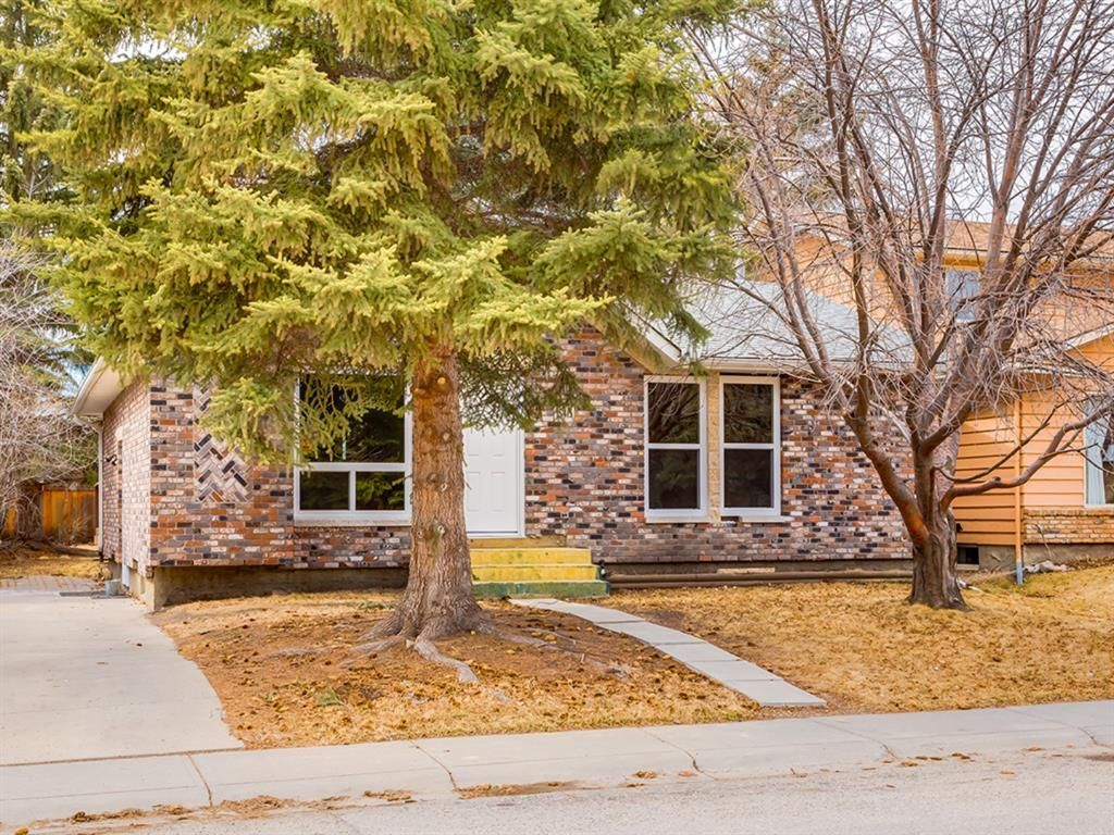 Main Photo: 15415 Deer Side Road SE in Calgary: Deer Run Detached for sale : MLS®# A1060815