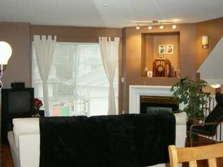 """Photo 2: 2450 LOBB Ave in Port Coquitlam: Mary Hill Townhouse for sale in """"SOUTHSIDE"""" : MLS®# V621427"""