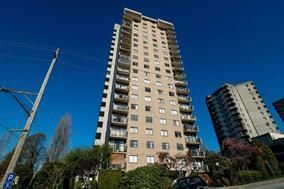"Photo 1: 1904 145 ST. GEORGES Avenue in North Vancouver: Lower Lonsdale Condo for sale in ""TALISMAN TOWERS"" : MLS®# R2214336"