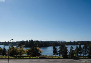 Photo 2: 9 Avanti Pl in VICTORIA: VR Hospital Row/Townhouse for sale (View Royal)  : MLS®# 830441