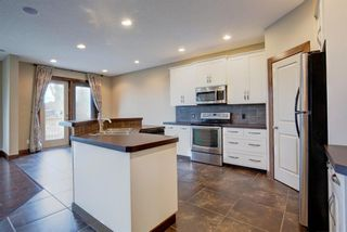 Photo 10: 13 everbrook Drive SW in Calgary: Evergreen Detached for sale : MLS®# A1137453