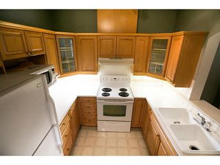 """Photo 7: 233 3098 GUILDFORD Way in Coquitlam: North Coquitlam Condo for sale in """"MARLBOROUGH HOUSE"""" : MLS®# V1128757"""