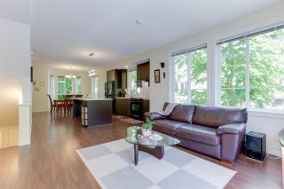 """Photo 3: 110 2418 AVON Place in Port Coquitlam: Riverwood Townhouse for sale in """"LINKS"""" : MLS®# R2583576"""