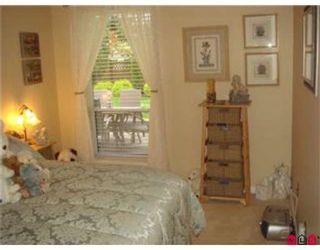 """Photo 4: 108 33280 E BOURQUIN Crescent in Abbotsford: Central Abbotsford Condo for sale in """"EMERALD SPRINGS"""" : MLS®# F2812874"""