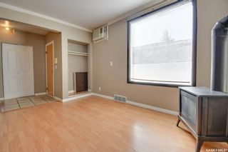 Photo 4: 714 3rd Avenue North in Saskatoon: City Park Residential for sale : MLS®# SK870579
