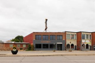 Photo 7: 2591 Portage Avenue in Winnipeg: Silver Heights Industrial / Commercial / Investment for sale or lease (5F)  : MLS®# 202121055