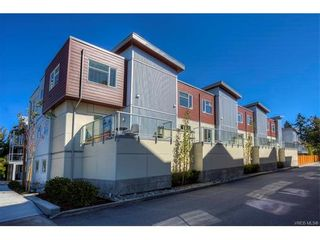 Photo 2: 106 2737 Jacklin Rd in VICTORIA: La Langford Proper Row/Townhouse for sale (Langford)  : MLS®# 749308