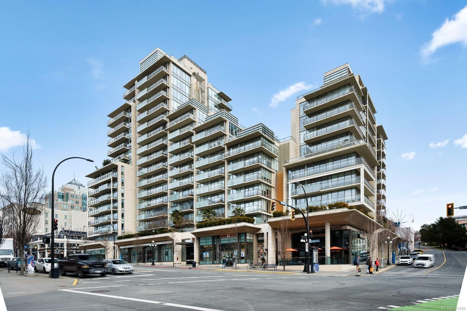 Main Photo: N1002 707 Courtney St in : Vi Downtown Condo for sale (Victoria)  : MLS®# 867405