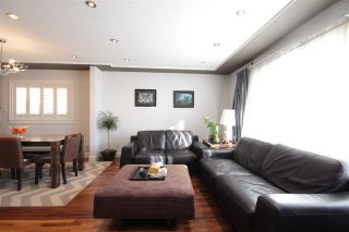 Photo 3: 3081 E 6TH Avenue in Vancouver: Renfrew VE House for sale (Vancouver East)  : MLS®# R2427949