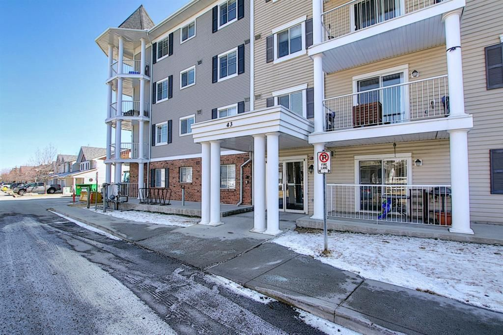 Photo 32: Photos: 2211 43 Country Village Lane NE in Calgary: Country Hills Village Apartment for sale : MLS®# A1085719