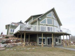 Photo 1: 6015 CLARK Avenue in Fort St. John: Fort St. John - Rural W 100th House for sale (Fort St. John (Zone 60))  : MLS®# R2157536