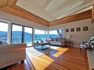 Photo 2: 4793 STRATHCONA Road in North Vancouver: Deep Cove House for sale : MLS®# R2556728