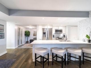 """Photo 14: 211 2665 W BROADWAY in Vancouver: Kitsilano Condo for sale in """"MAGUIRE BUILDING"""" (Vancouver West)  : MLS®# R2550864"""